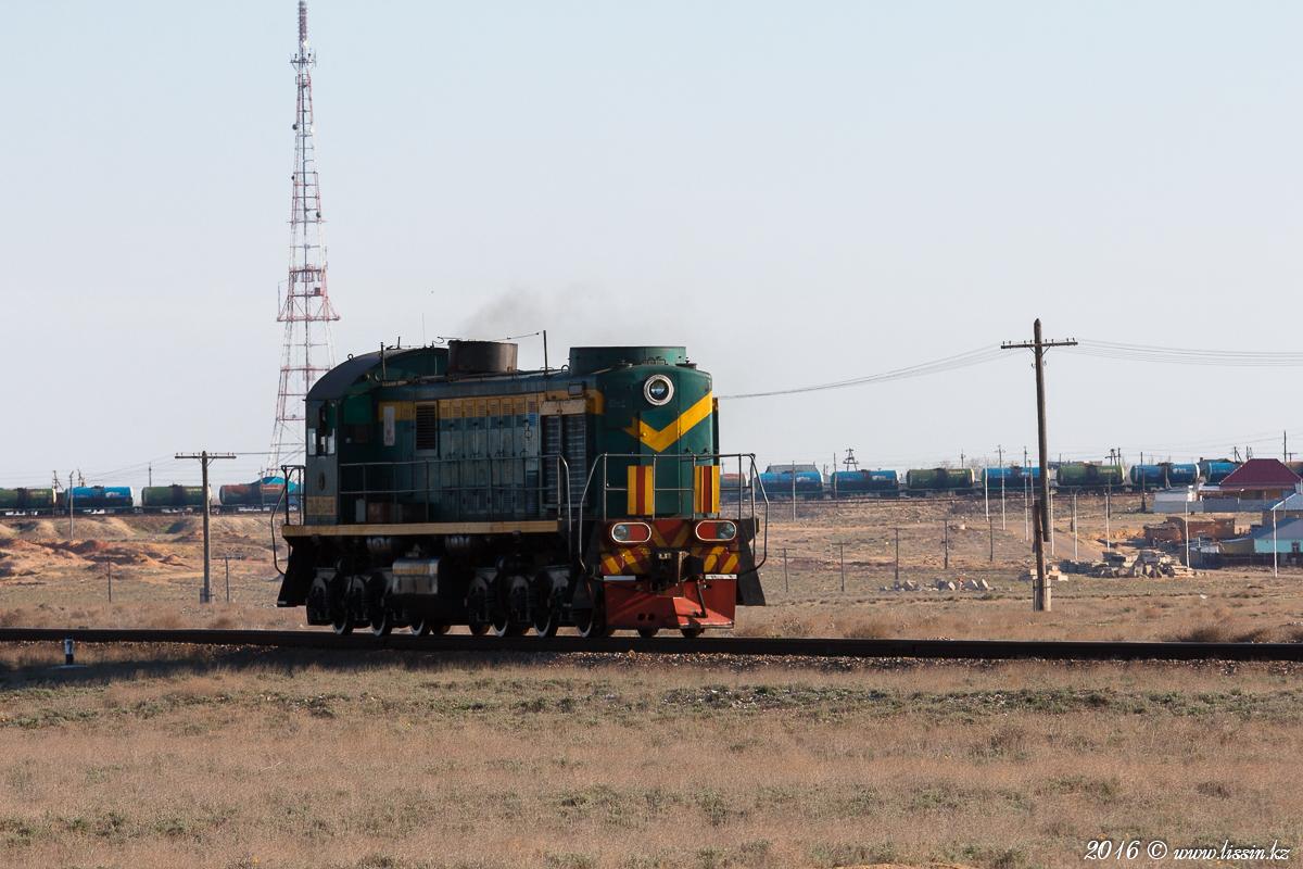 ТЭМ2-7095 в Байконуре на станции Тюратам, 11.04.16г. #2