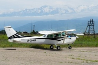 UP-CS014 Cessna 172, 10.05.15