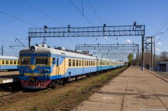 ЭР22-64 на станции Степногорск, 25.04.16г