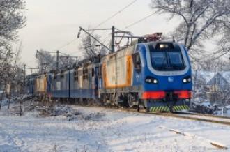 KZ4AT-0015, KZ4AT-0008, KZ4AT-0004 в сплотке с ВЛ80С, 14.01.17г.