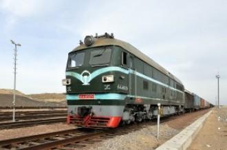 DF4B-6525 на перегоне Хоргос— Алтынколь, 2017г
