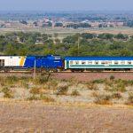 ТЭП33А-0004 с поездом Ташкент — Новосибирск, 15.07.19г.